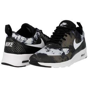 Nike Air Max Thea Lightly Worn Black Grey Size 6